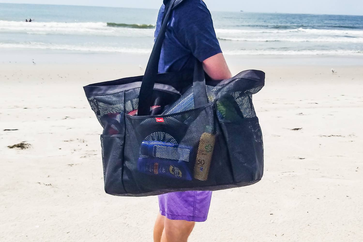 d4a97bc4072e The 8 Best Beach Bags of 2019