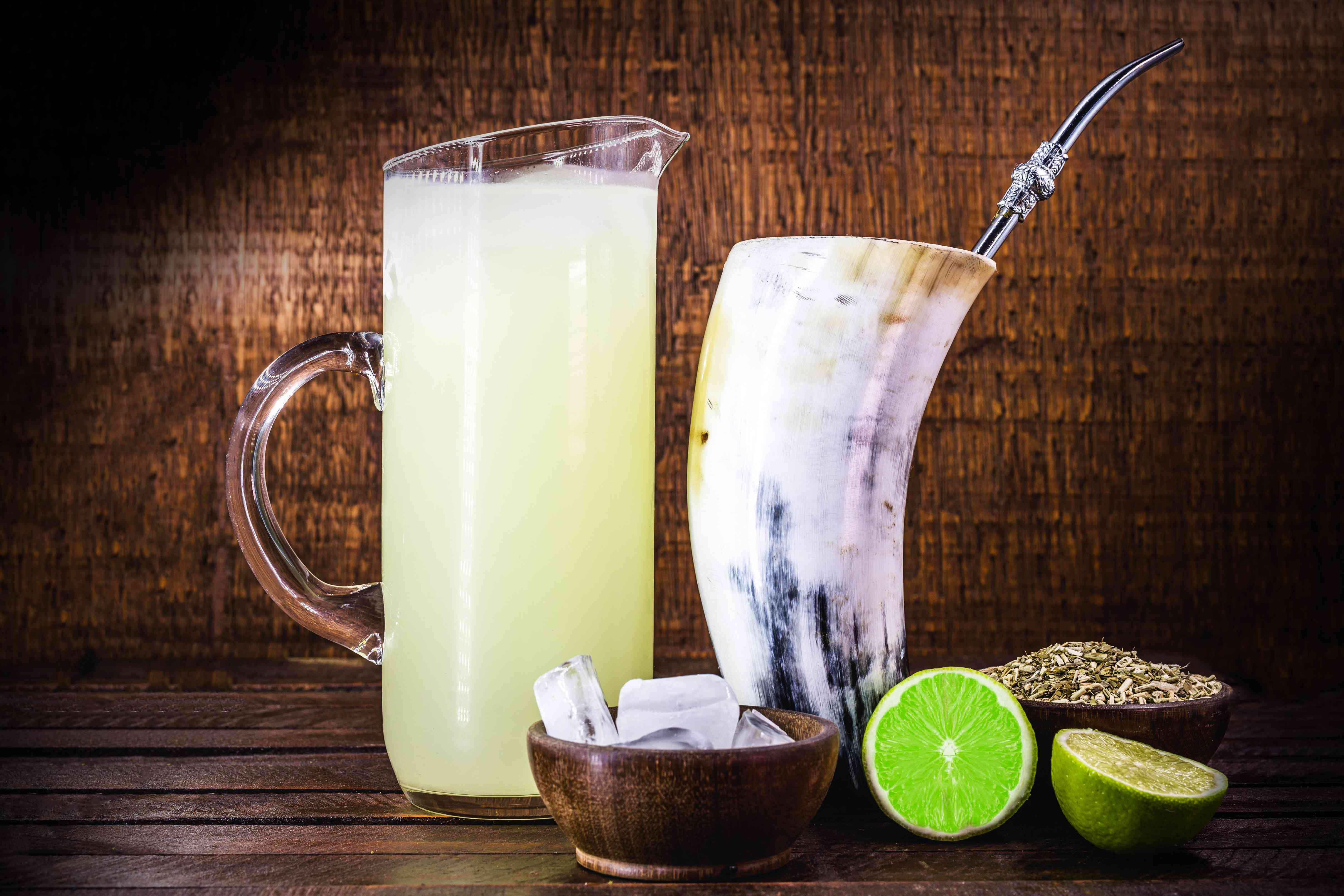 Tereré or Tererê, is a South American drink, consumed in Brazil, Argentina and Uruguay, made with the infusion of yerba mate in cold water. Drink prepared with yerba mate and lemon.
