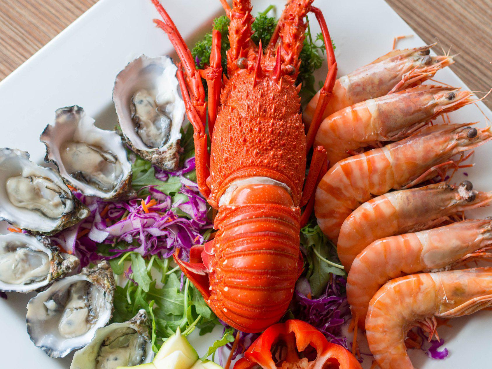 Rock lobster, prawns and oyster at Joe's Fish Shack