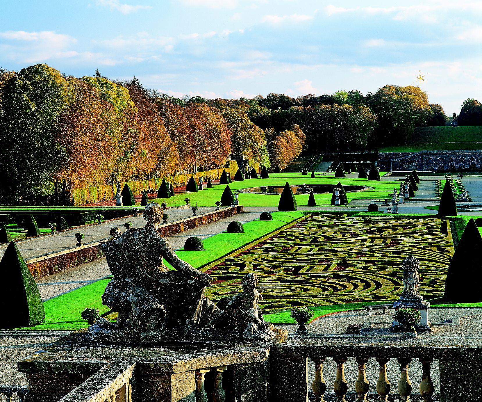 Garden-of-Vaux-le-VIcomteJulien-Vall.jpg