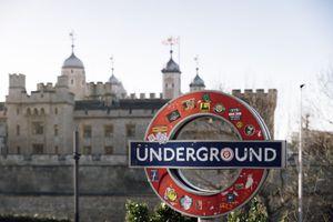 London, Underground sign