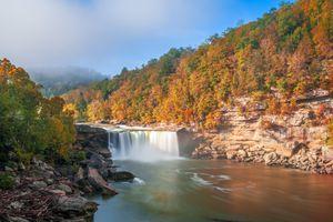 Cumberland Falls in Daniel Boone National Forest, Kentucky