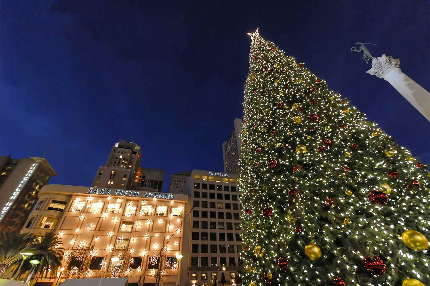 Christmas Tree in San Francisco's Union Square
