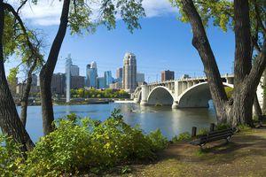 Minneapolis-Skyline.jpg