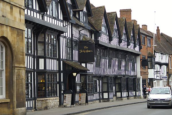 Black and White buildings in Stratford upon Avon