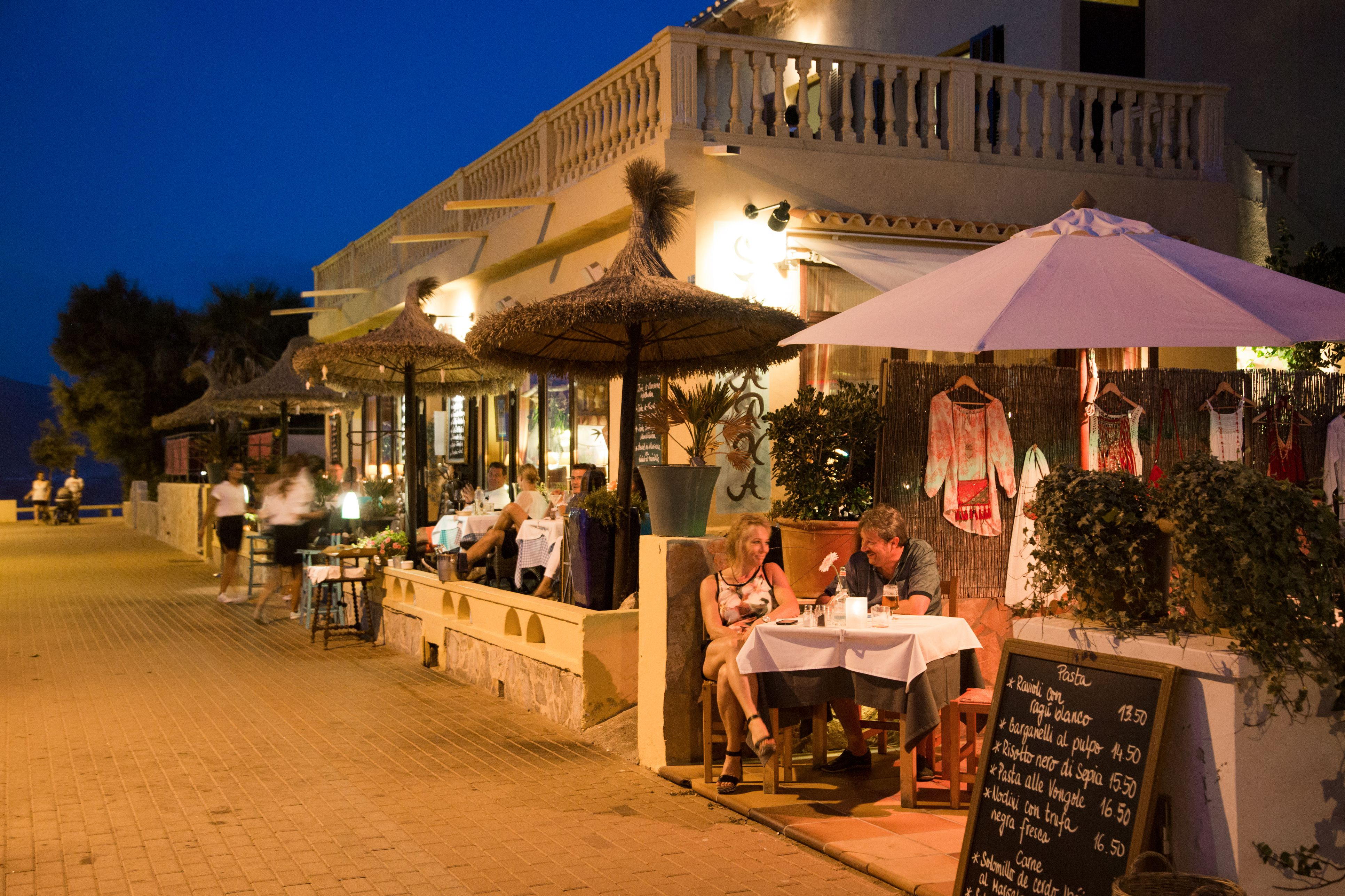 When And What To Eat And Drink In Spain
