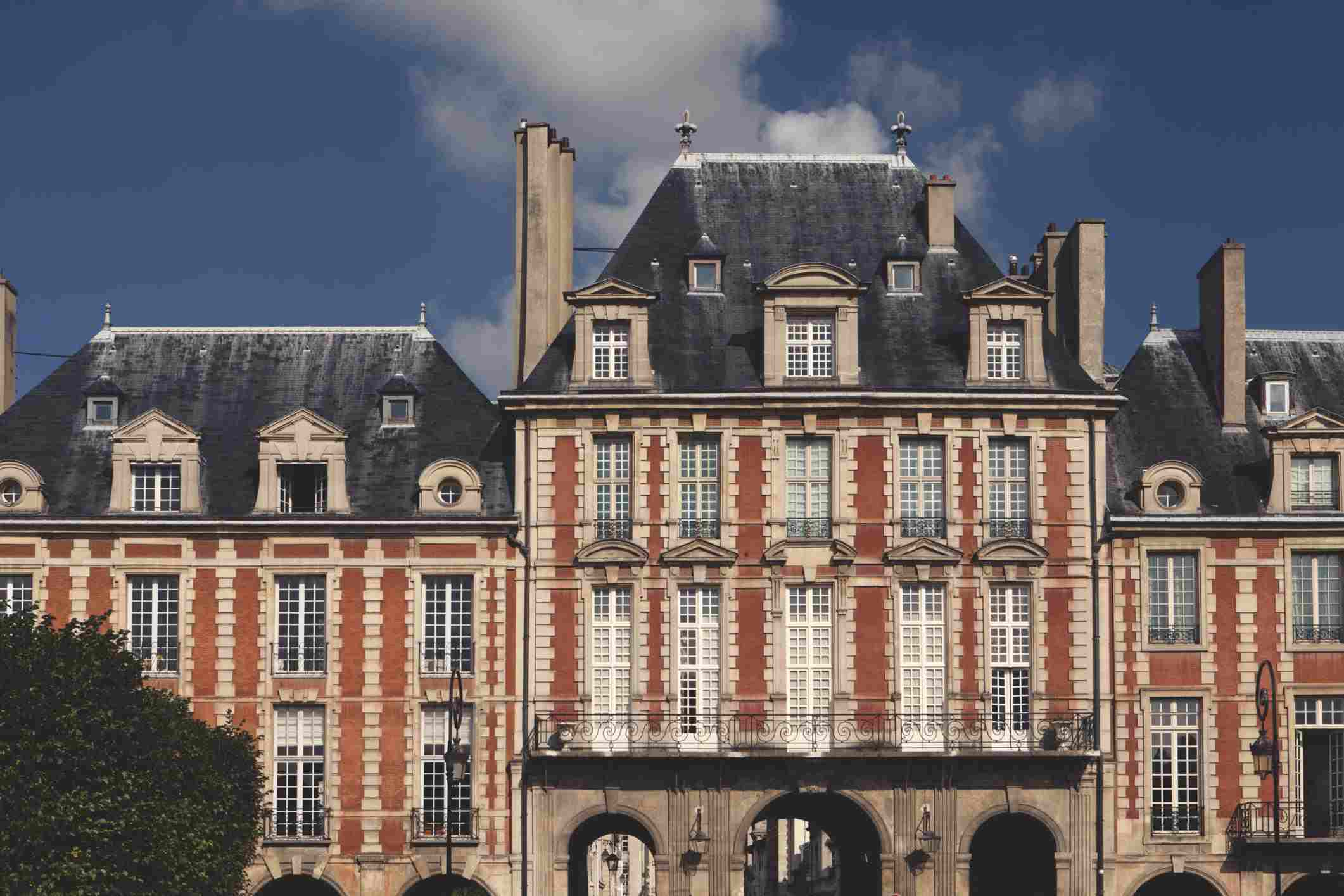 Place des Vosges Architecture at Place