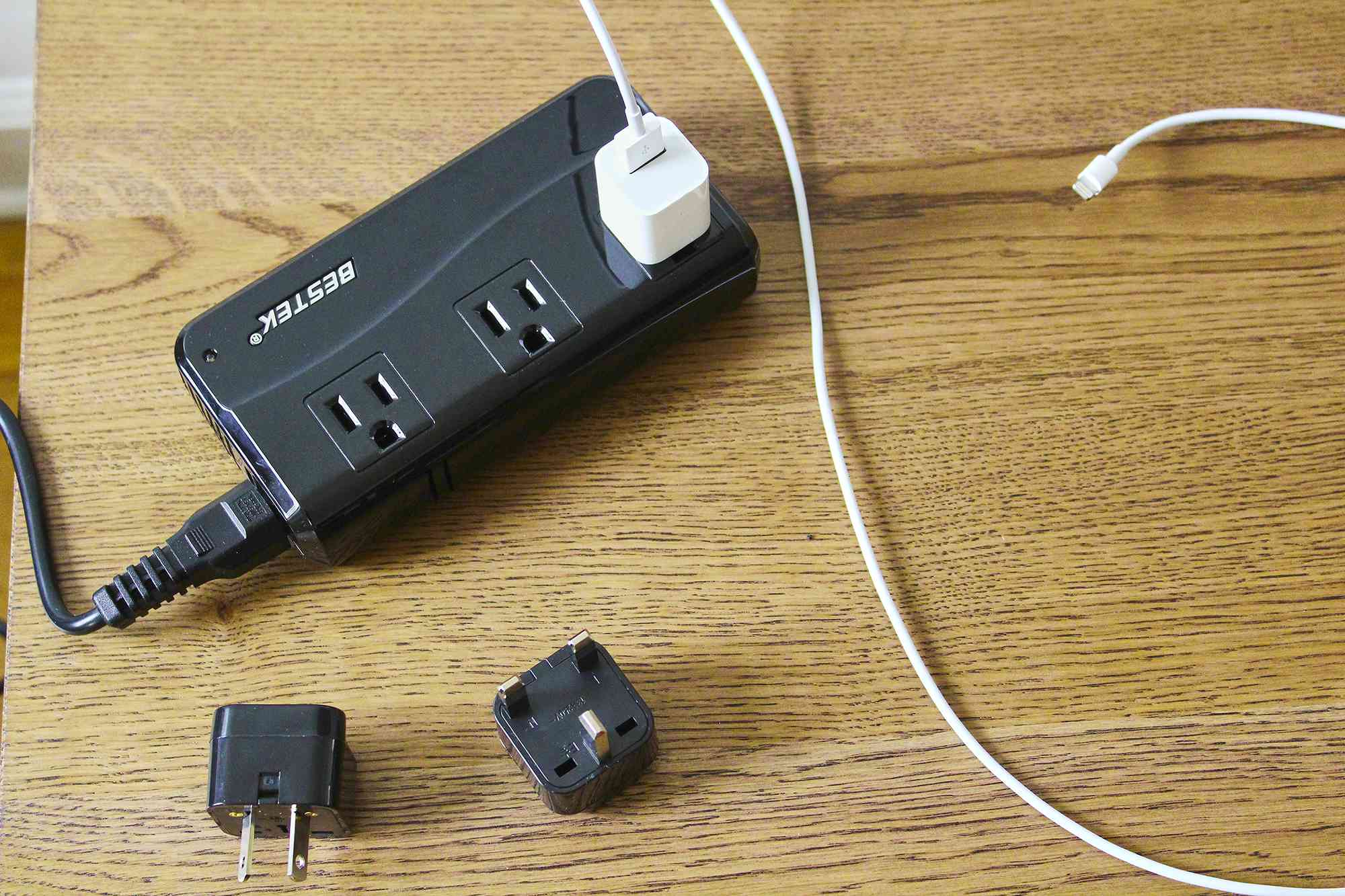 BESTEK Universal Travel Adapter