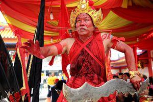 Tatung at Cap Goh Meh, Singkawang