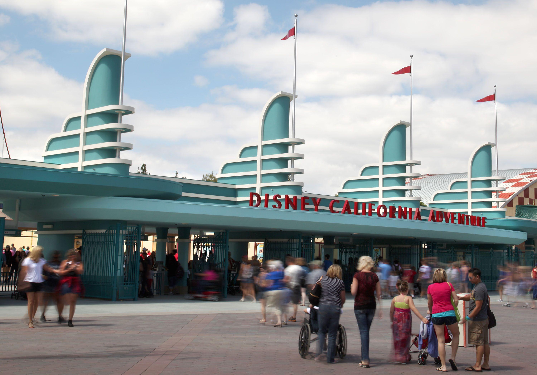Getting to Disneyland and California Adventure