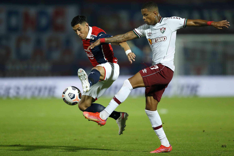 Cerro Porteño v Fluminense - Copa CONMEBOL Libertadores 2021