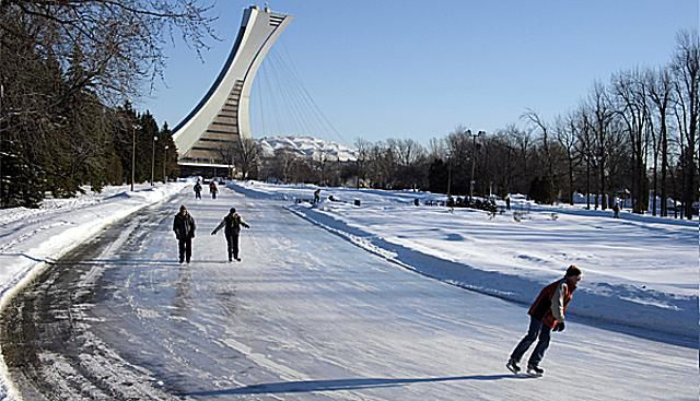 Skating montreal parc maisonneuves giant rink skating montreals parc maisonneuves ice rink is a treat for speed solutioingenieria Choice Image
