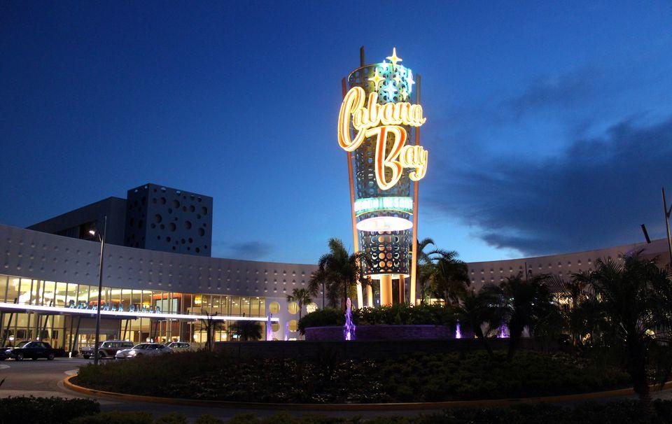 Cabana-Bay-Universal-Orlando-Entrance.jpg