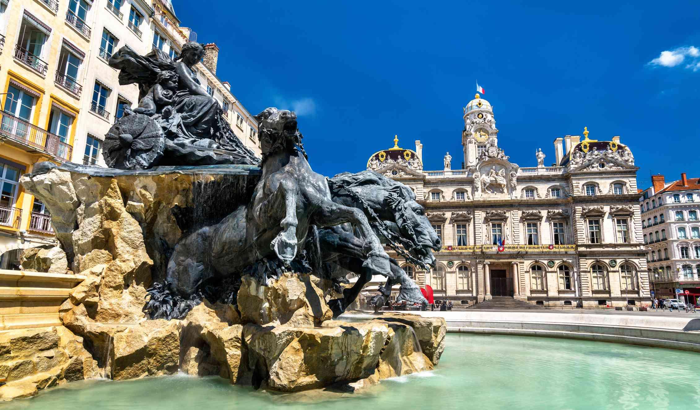 Bartholdi fountain and Lyon City Hall on Place des Terreaux, Lyon, France