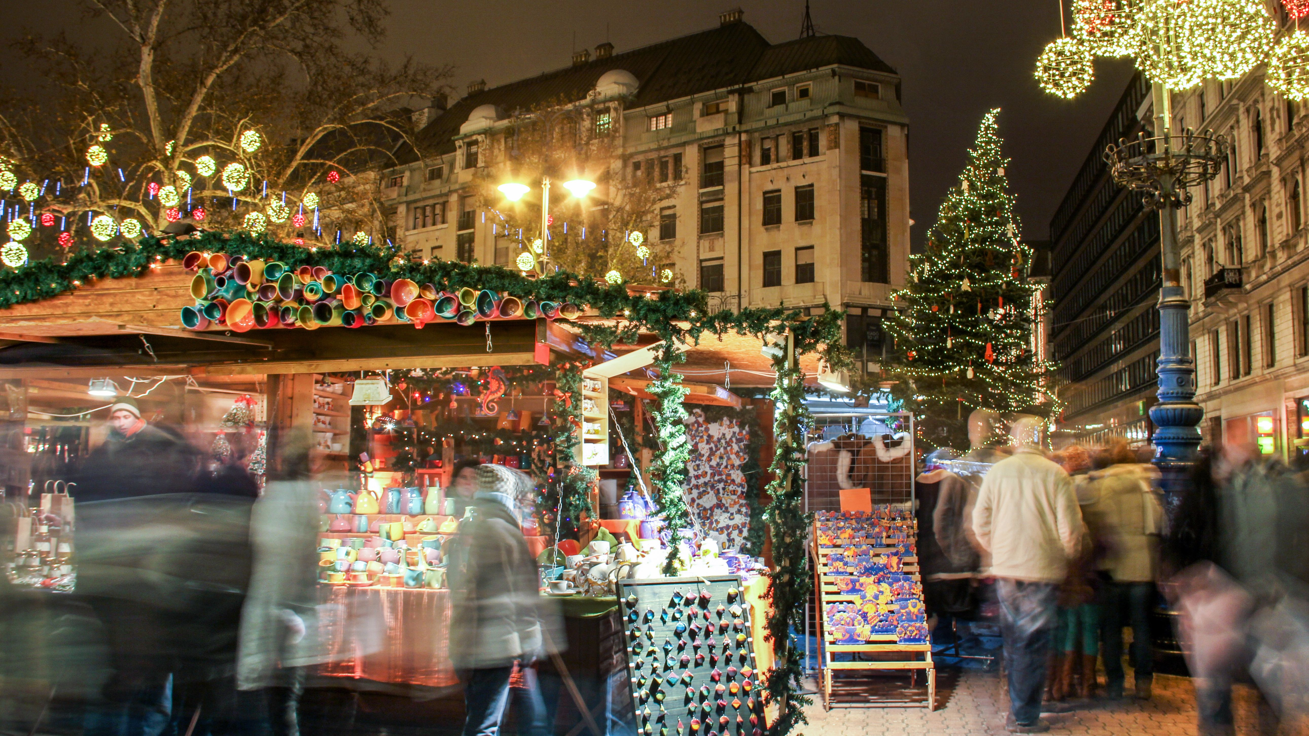 Christmas Budapest Christmas Fair And Winter Festival Europe.Hungarian Christmas Traditions And Customs