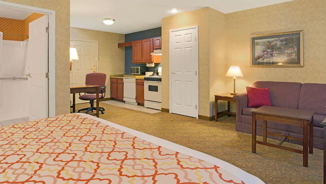 Hawthorn Suites by Wyndham Cincinnati