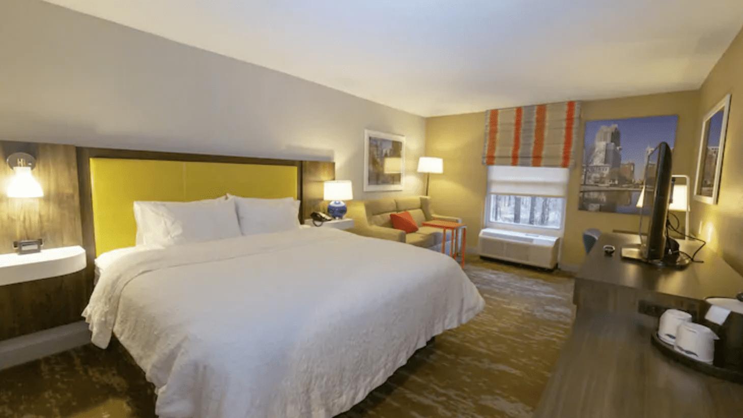 Hampton Inn & Suites Raleigh/ Cary