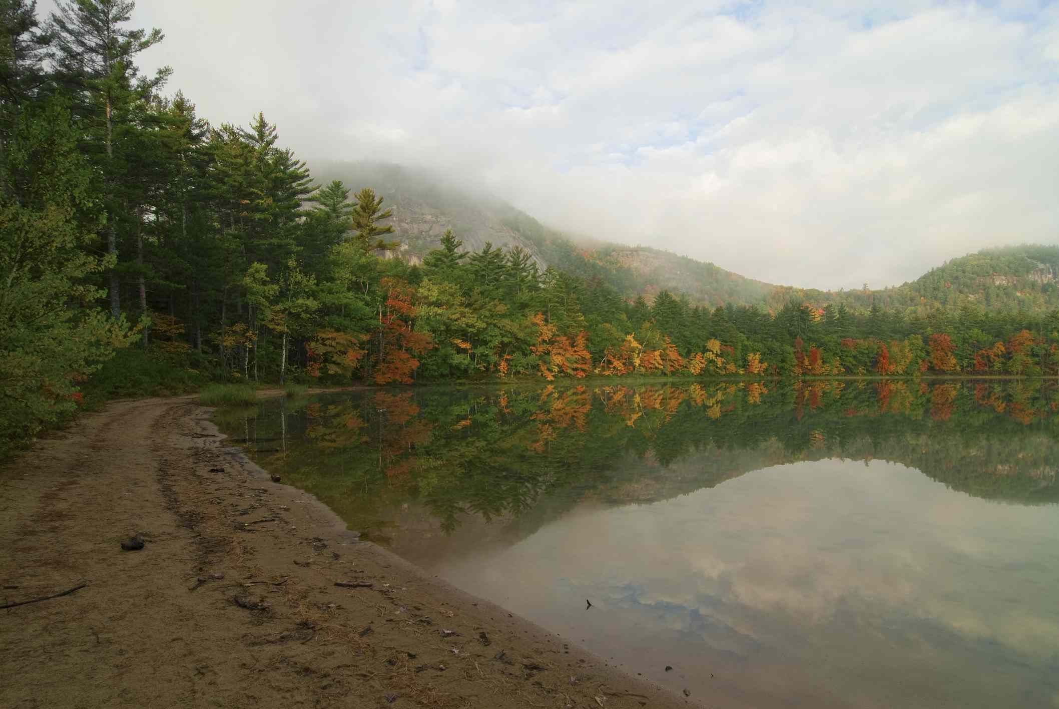 New Hampshire Hike Echo Lake
