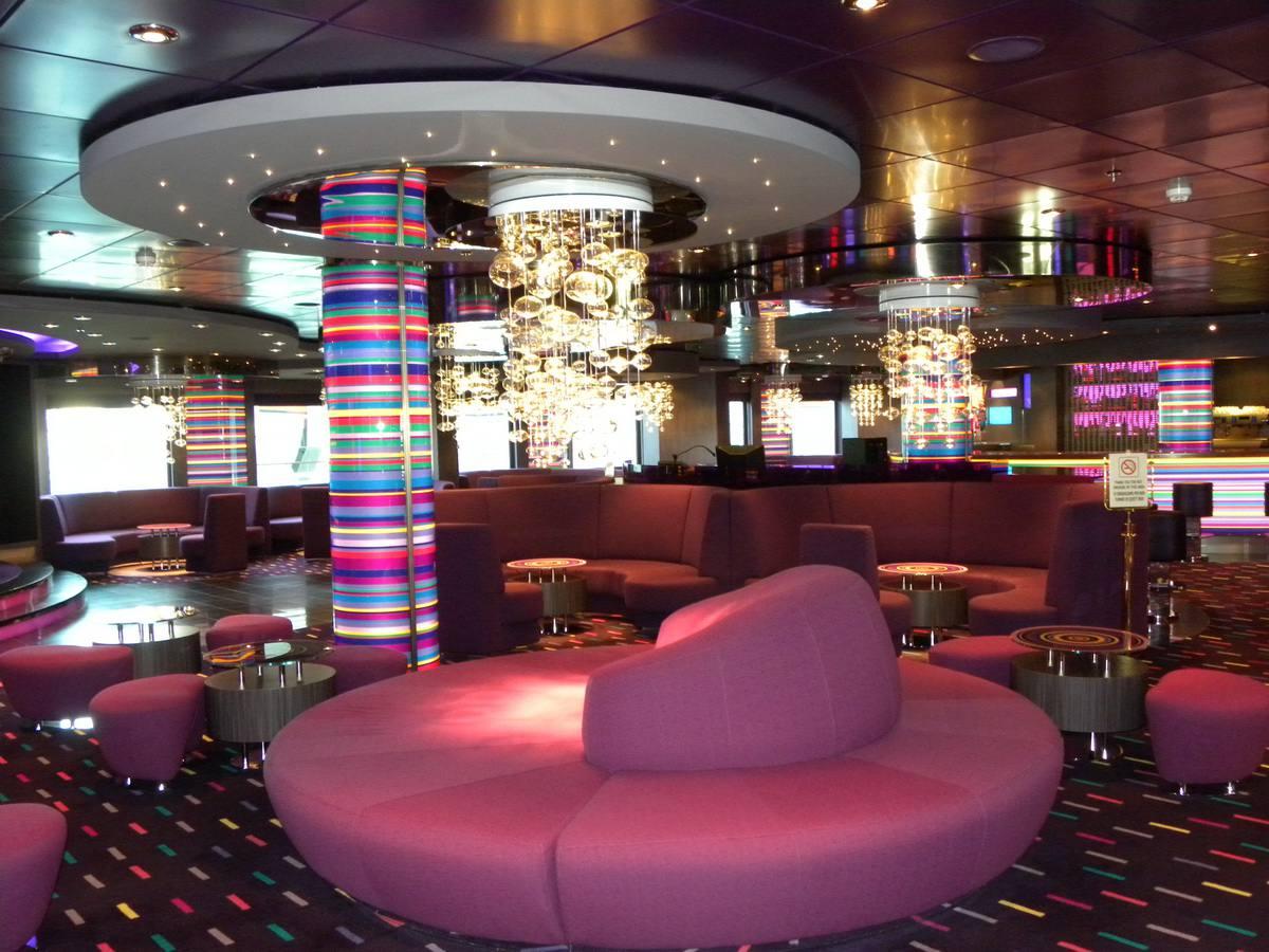 MSC Splendida - The Purple Jazz Bar