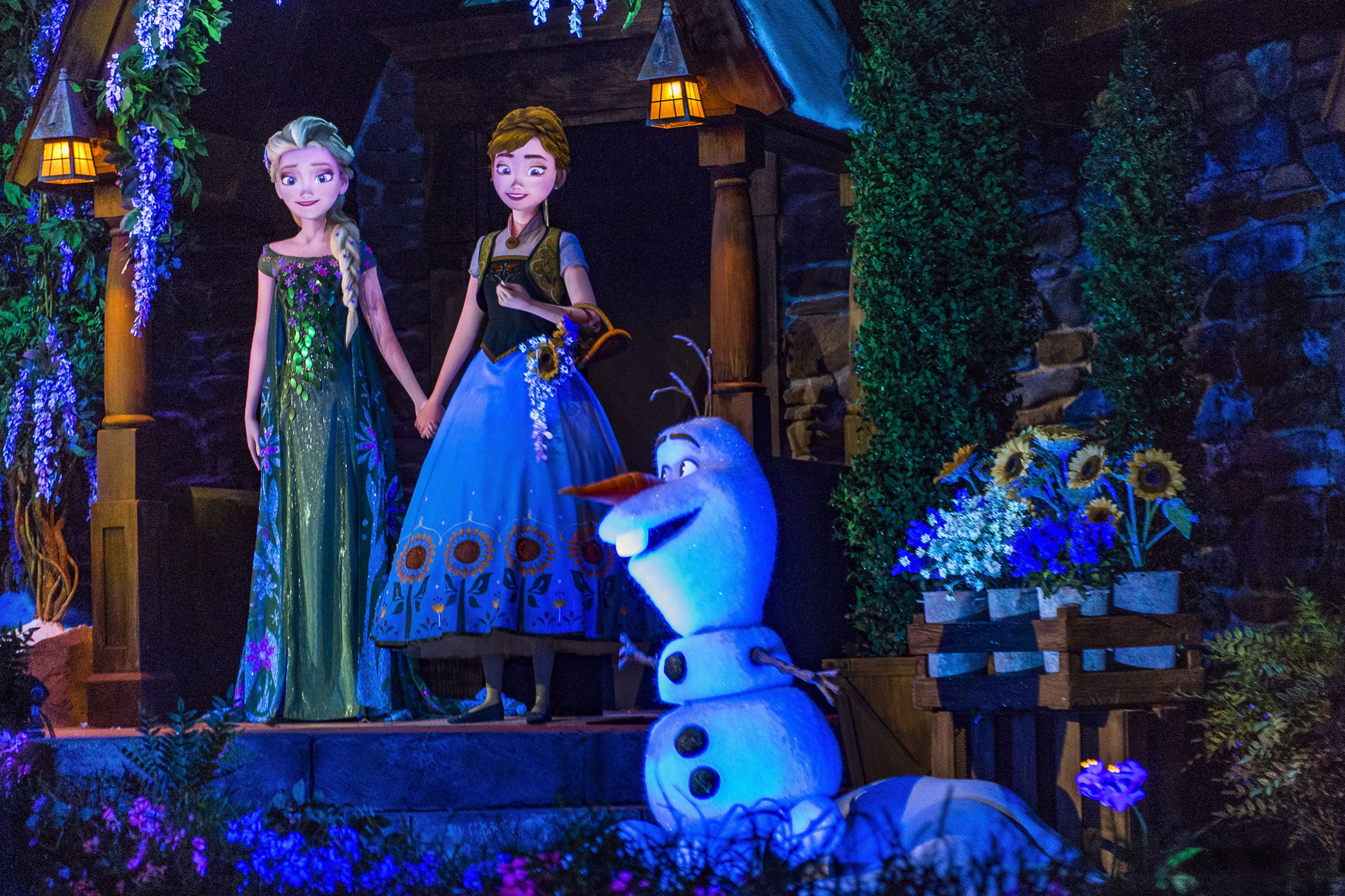 Epcot's Frozen Ever After - Ride Review