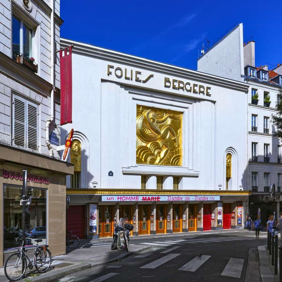 Cabaret Les Folies Bergere en París