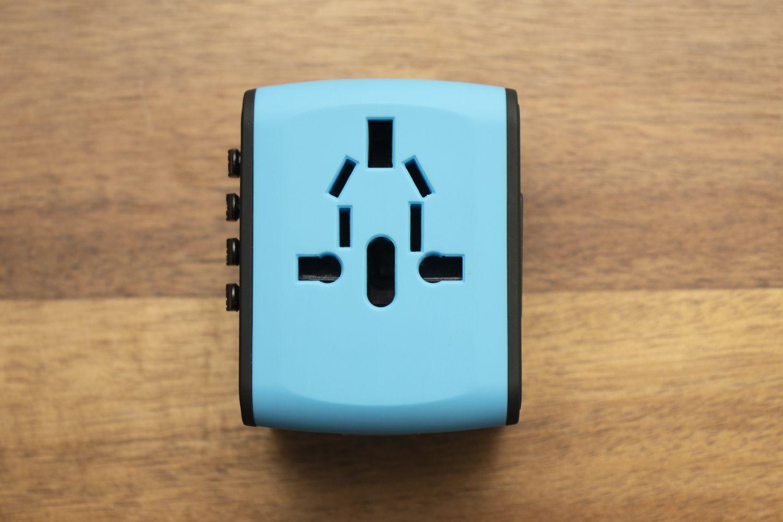HAOZI Universal Travel Adapter
