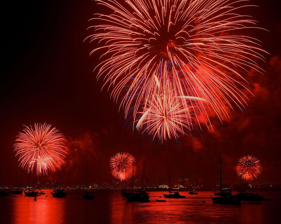 Fuegos artificiales para el 4 de julio en San Diego
