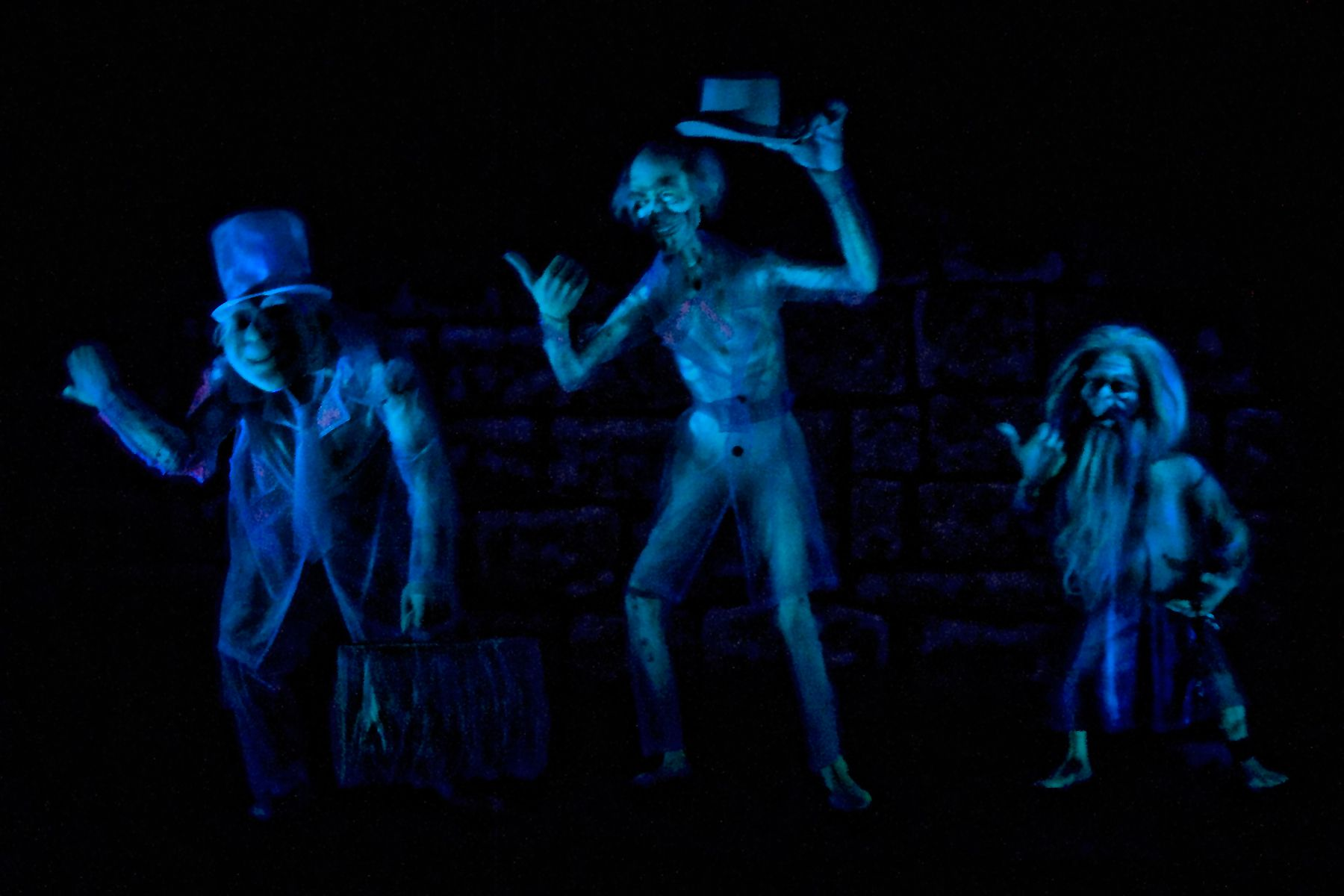 Hitchhiking Ghosts at Haunted Mansion
