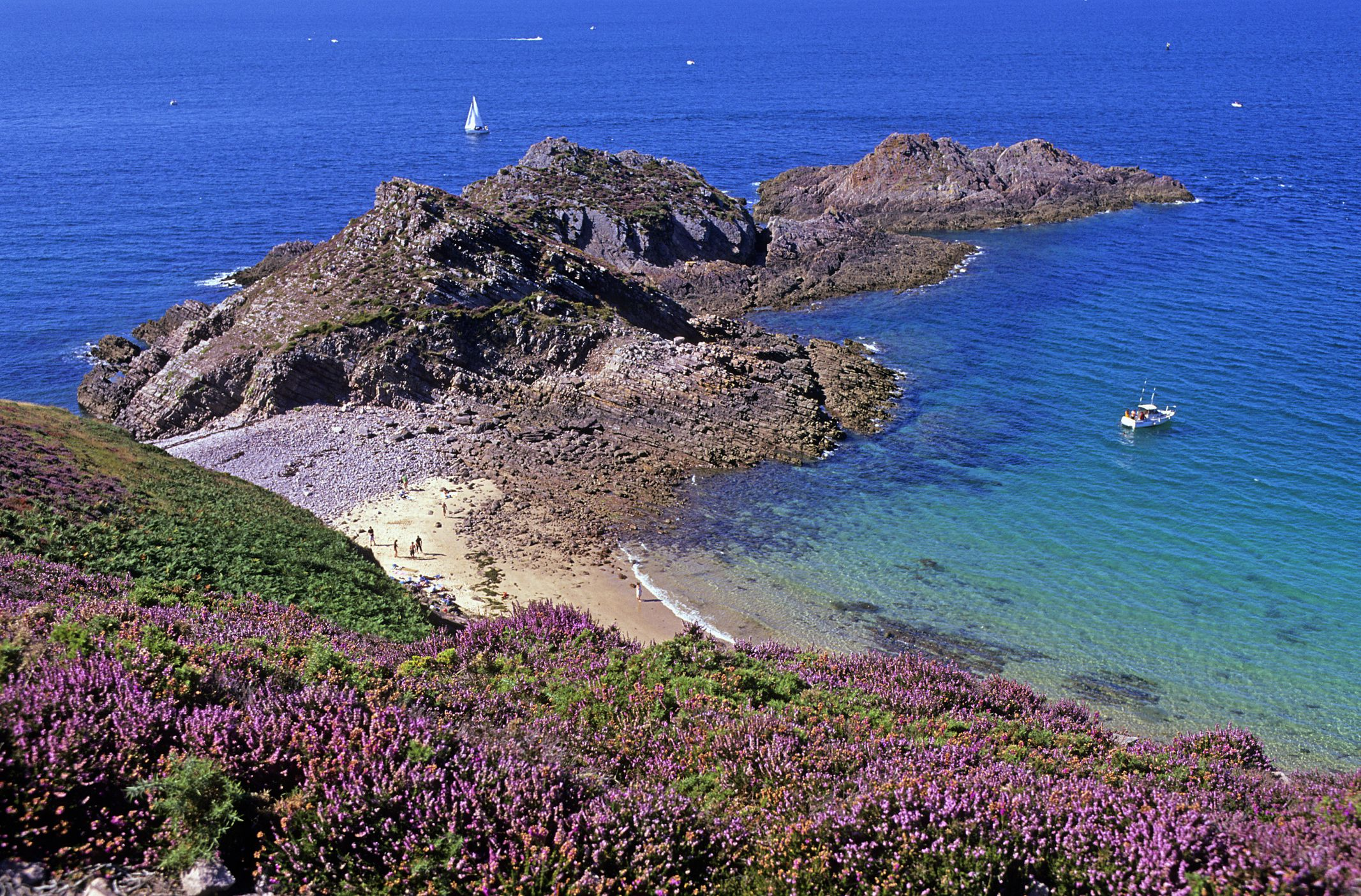 The Best Beaches in Brittany, France  |Beach Bretagne France