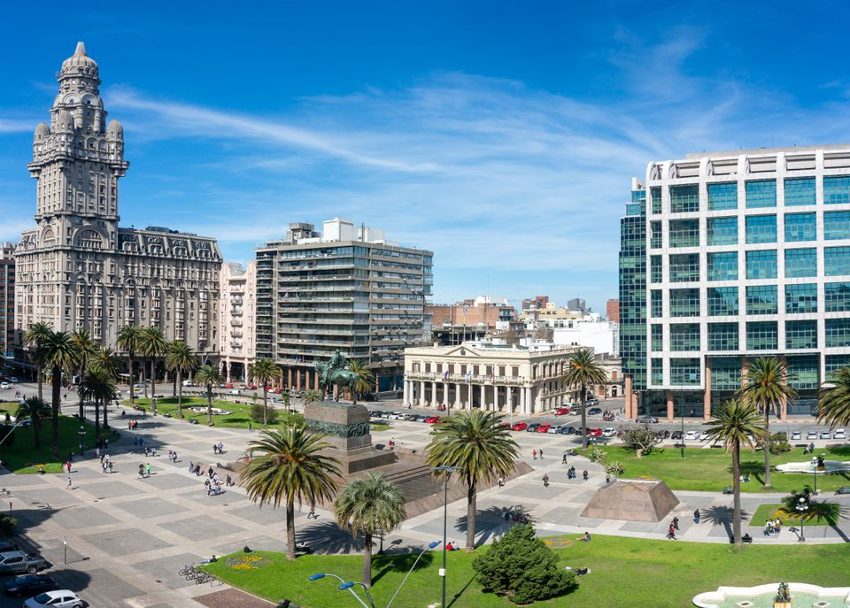 View of Plaza Independencia (Independence Square) in Montevideo downtown, Uruguay