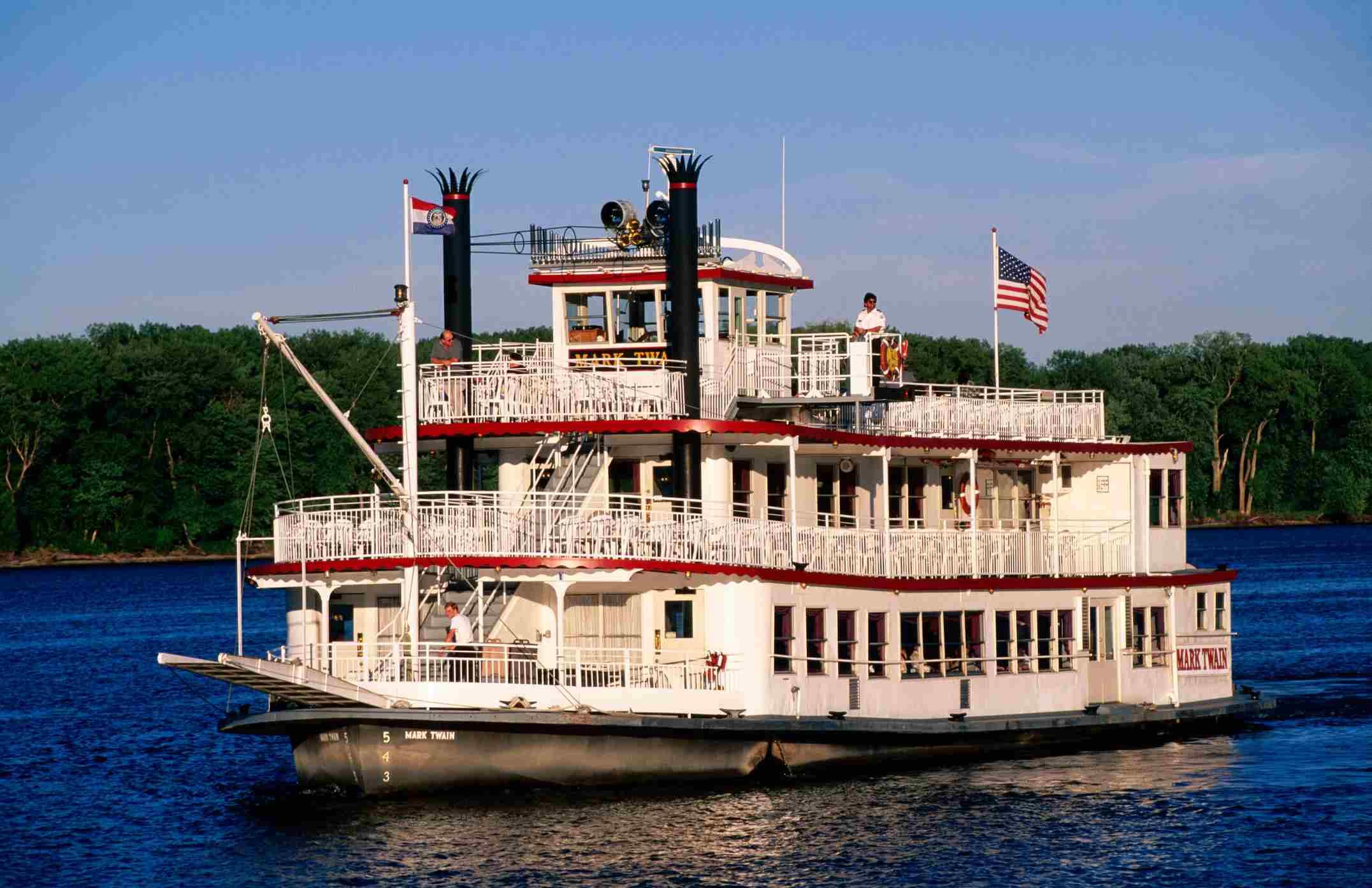 Mark Twain Riverboat in Hannibal, MO