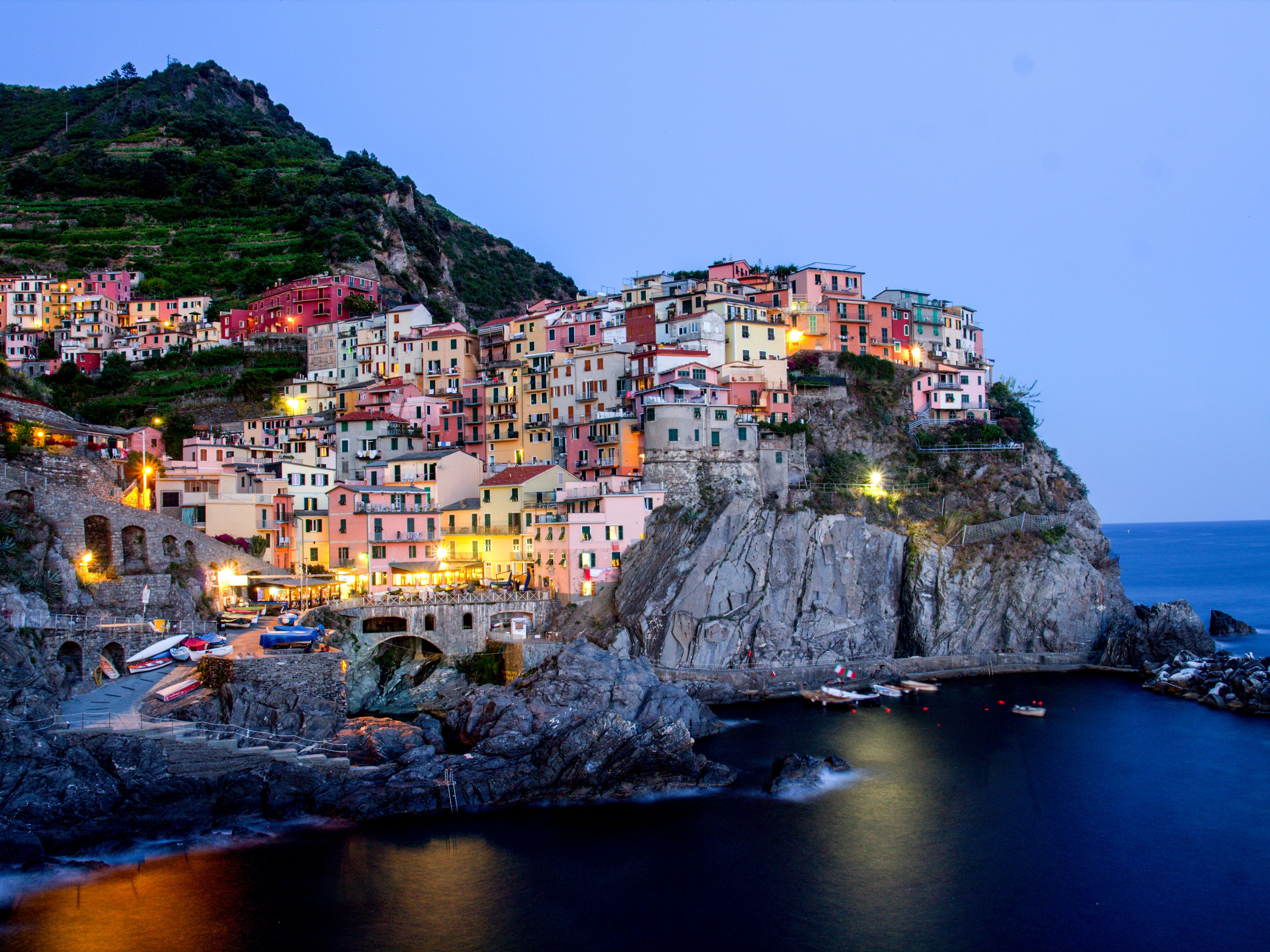 Travel Guide To The 5 Cinque Terre Villages In Italy