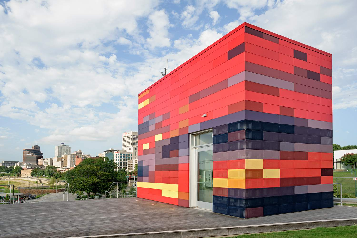 Beale Street Landing's Colorful Topper