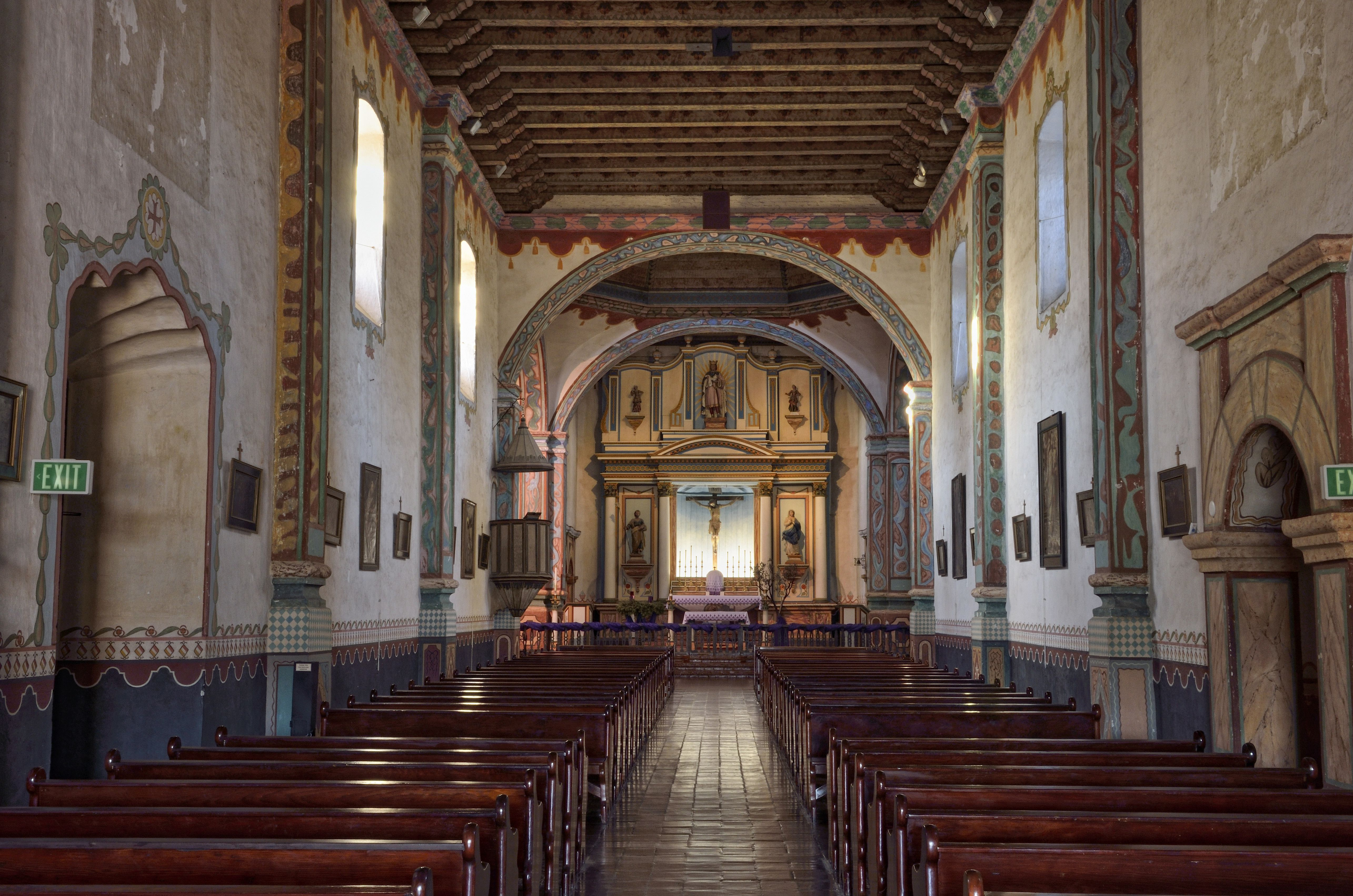 Nave with the main altar, Mission San Luis Rey de Francia, Oceanside, California, USA