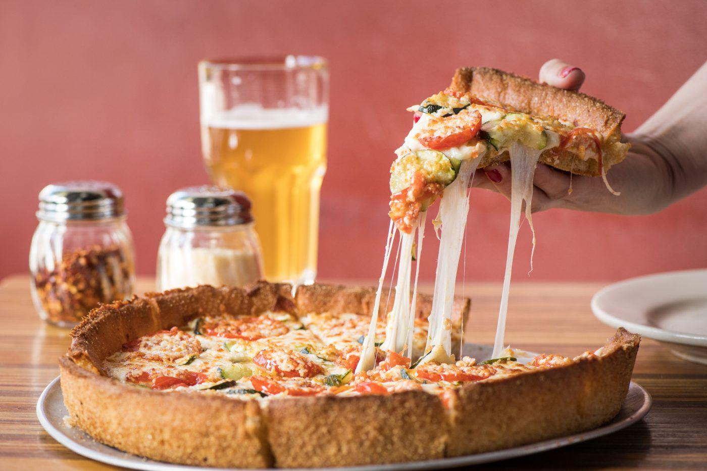 Pizza at Little Star en Divasadero