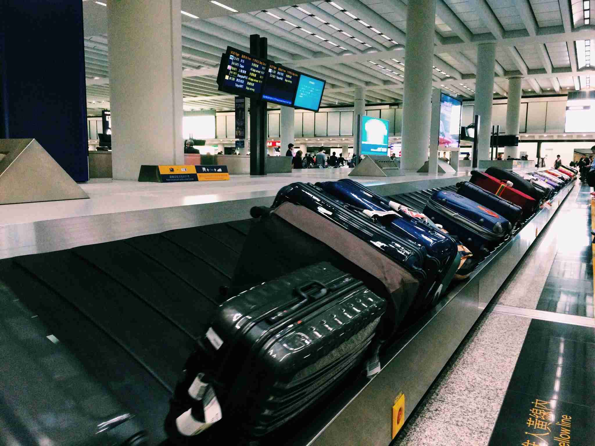 Left Luggage Facilities and Lockers in Hong Kong