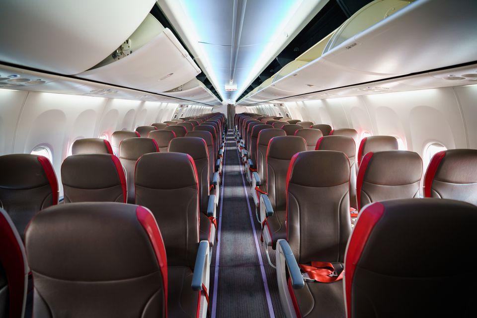 Asientos en una aerolínea comercial
