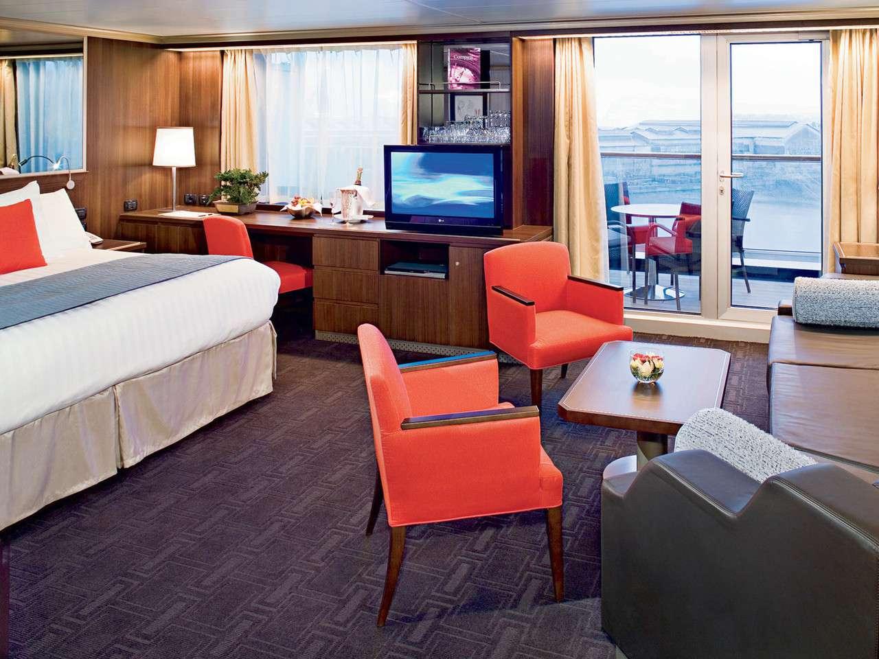 Deluxe Verandah Suite on the Nieuw Amsterdam cruise line