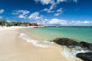 White sand and turquoise water on Groote Eylandt