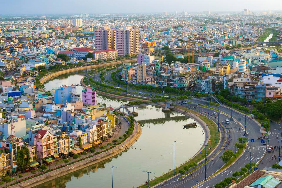 Hanoi To Ho Chi Minh Travel Guide