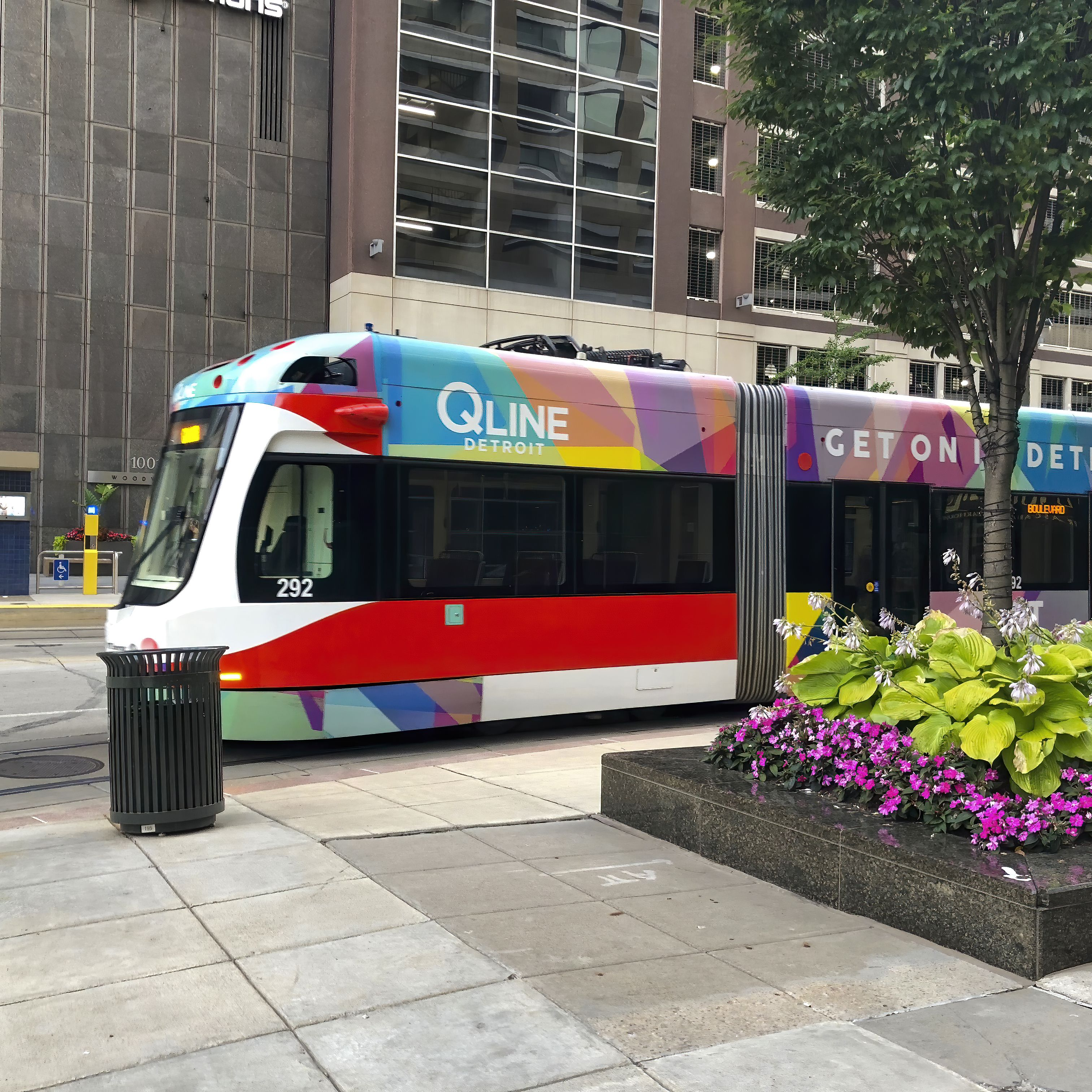 Getting Around Detroit: Guide to Public Transportation