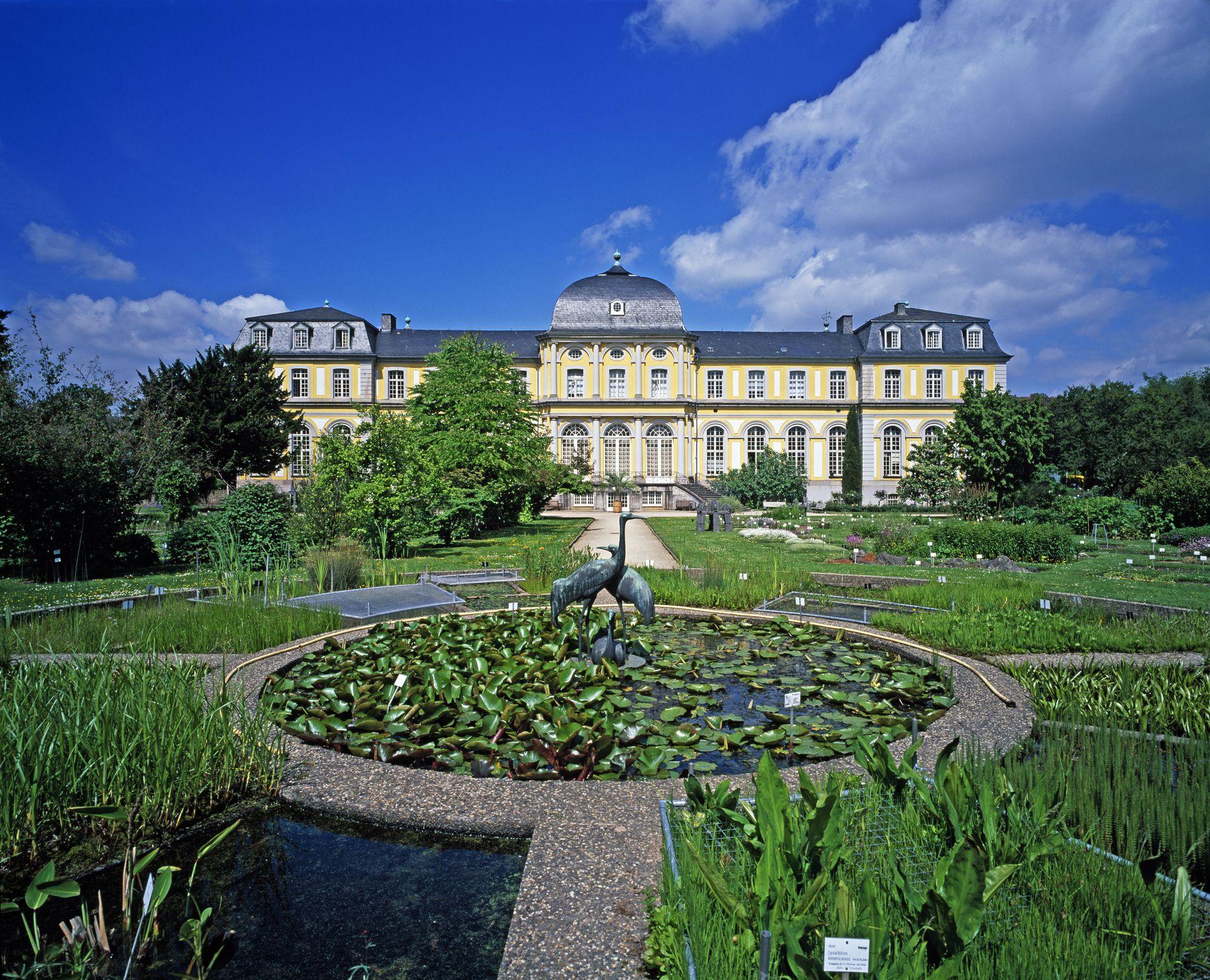Poppelsdorf Palace and Botanical Garden in Bonn