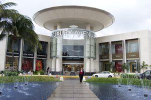 Luxury Avenue Mall in Cancun, Mexico