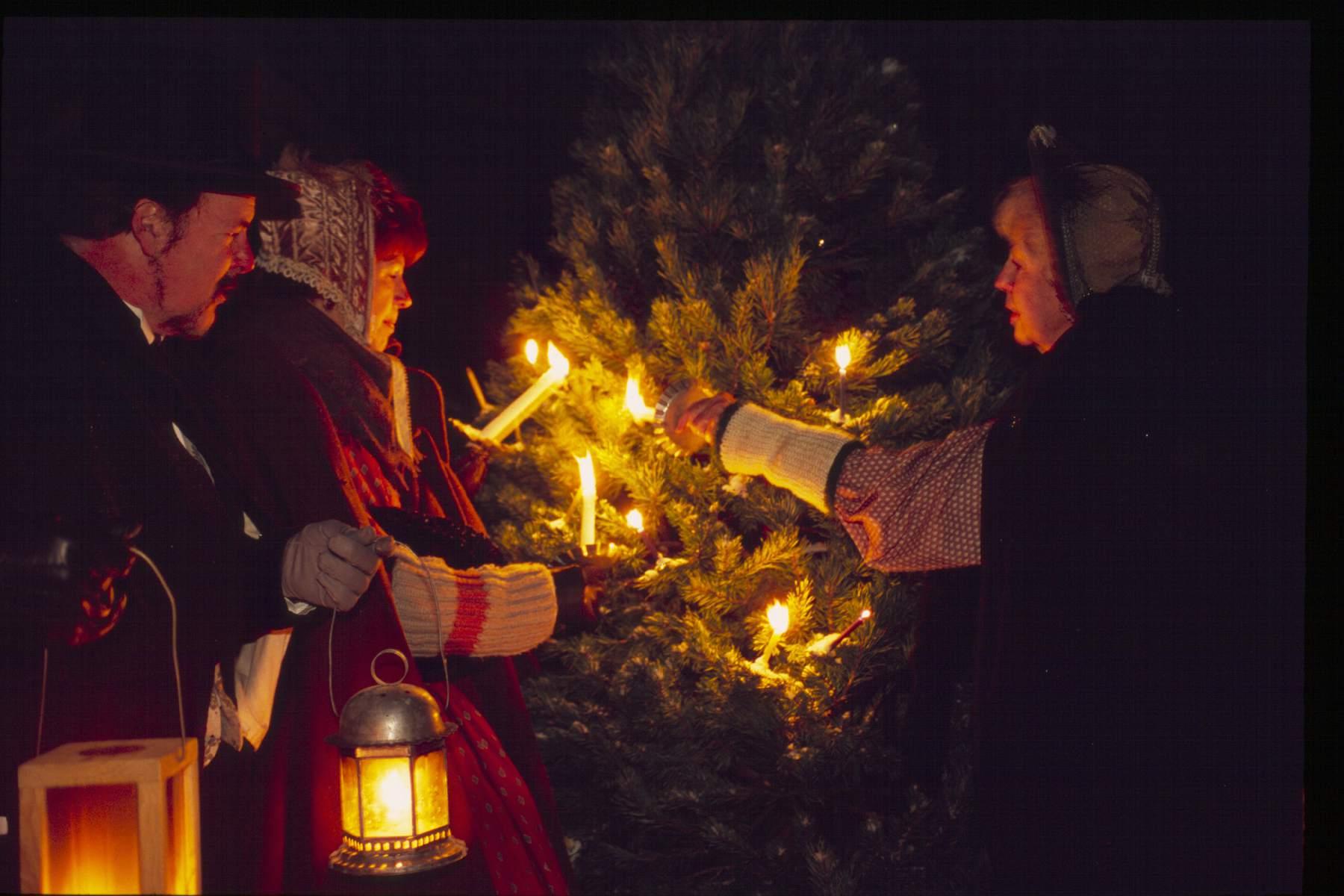 Christmas at Hale Farm