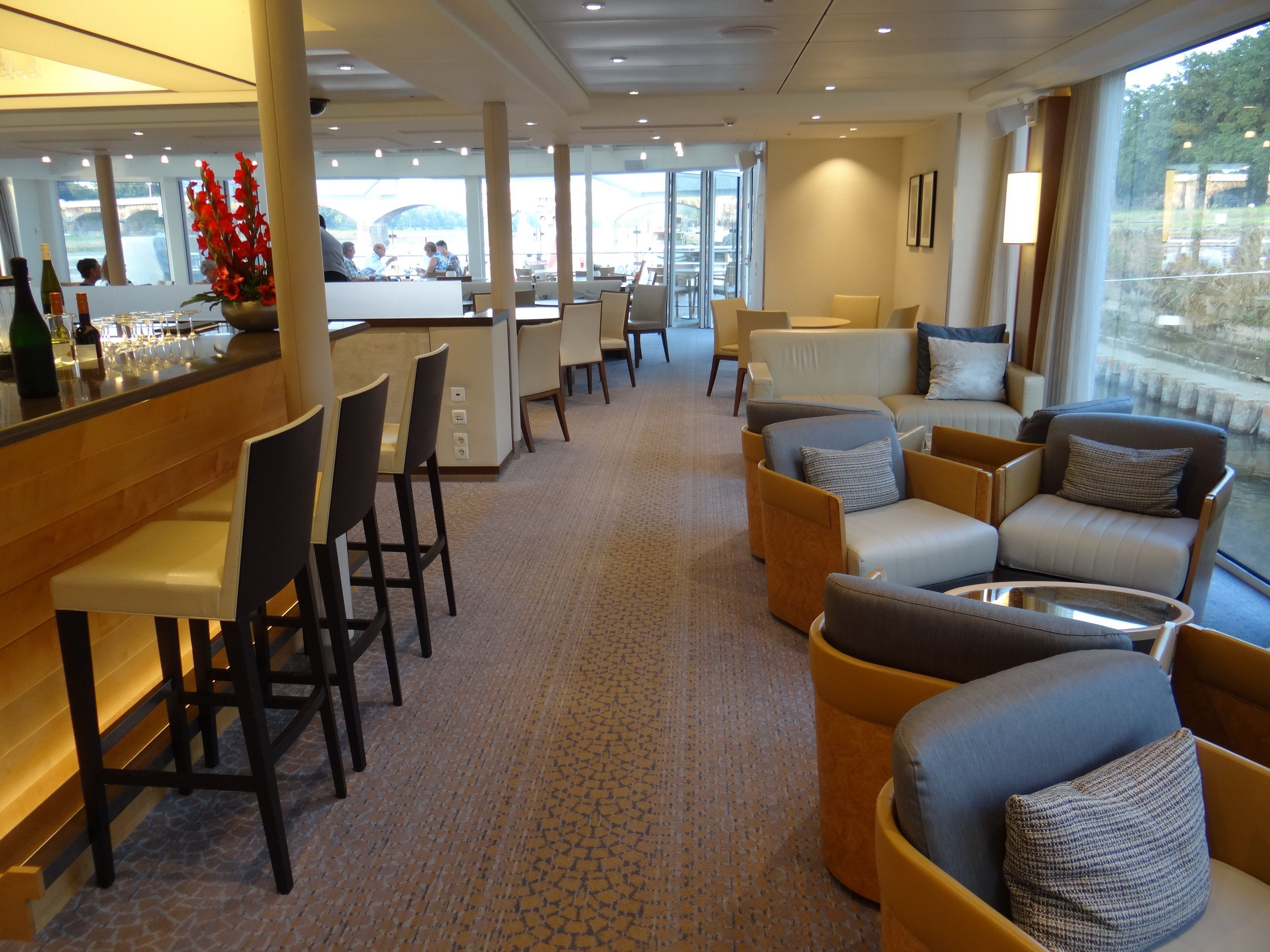 Lounge on the Viking Elbe River cruise ships