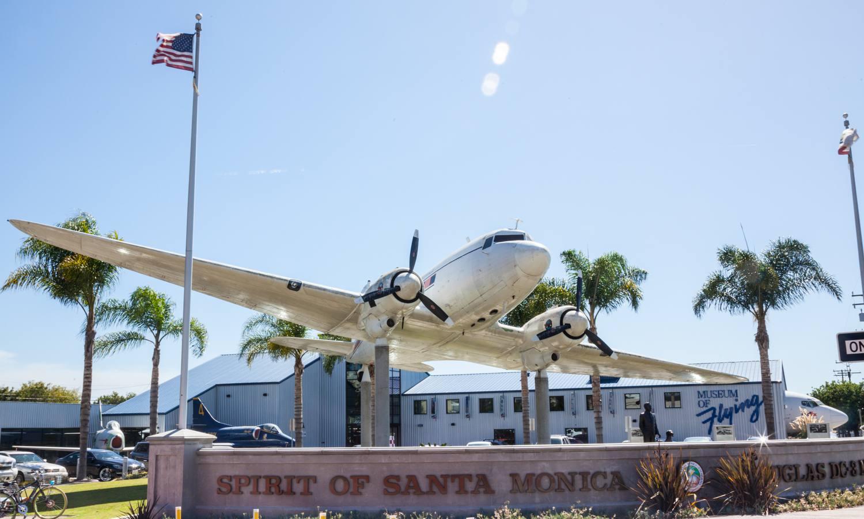 Museo de vuelo en Santa Mónica, California