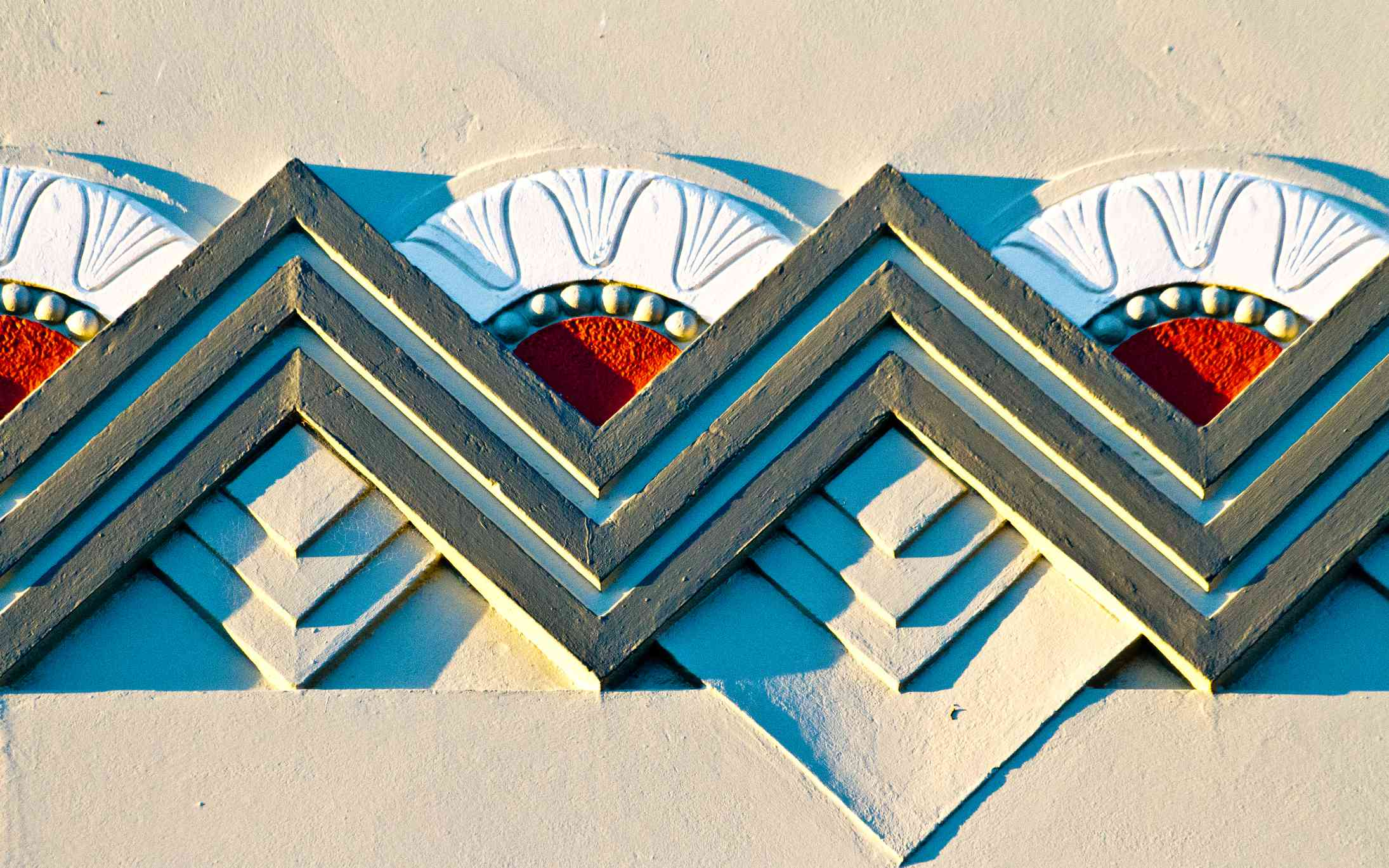 zig-zagging Art Deco design on a wall