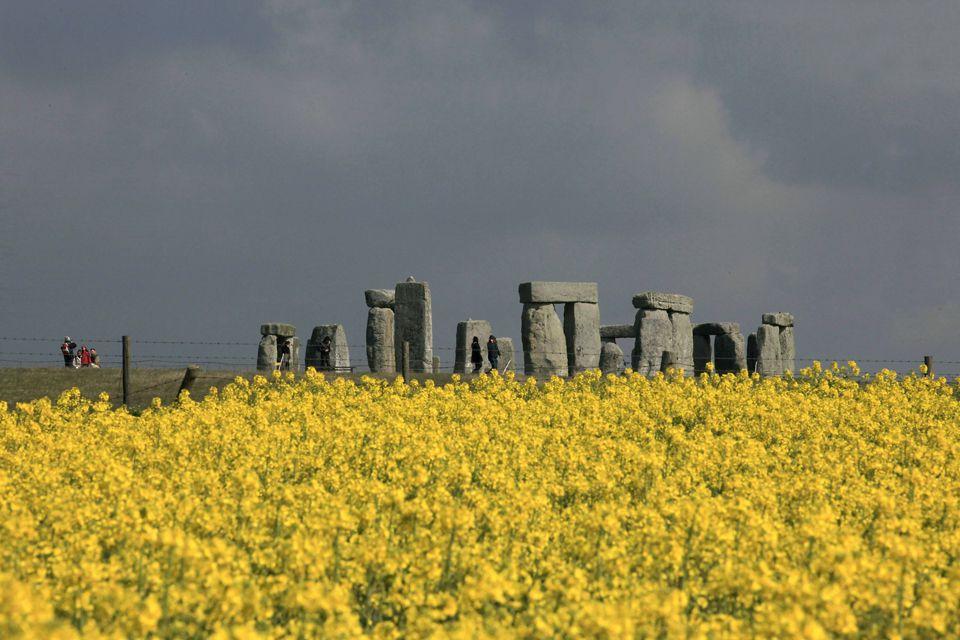 Stonehengemattcardy.jpg