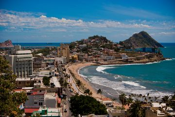 Elevated view of a beach in Mazatlán on a sunny day