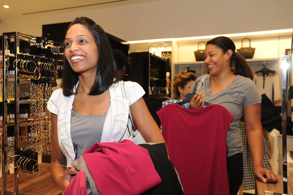 Women shopping at The Mall in Columbia